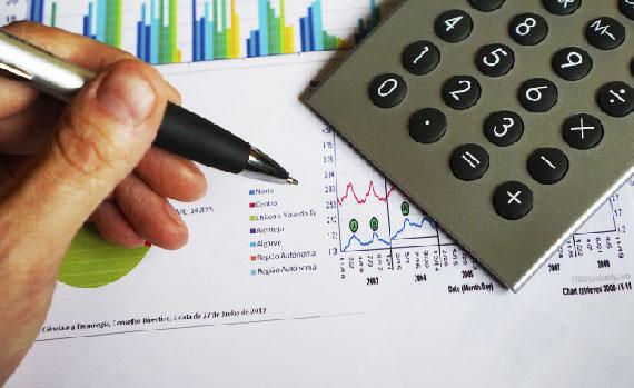 Planeje seus gastos antes do financiamento.